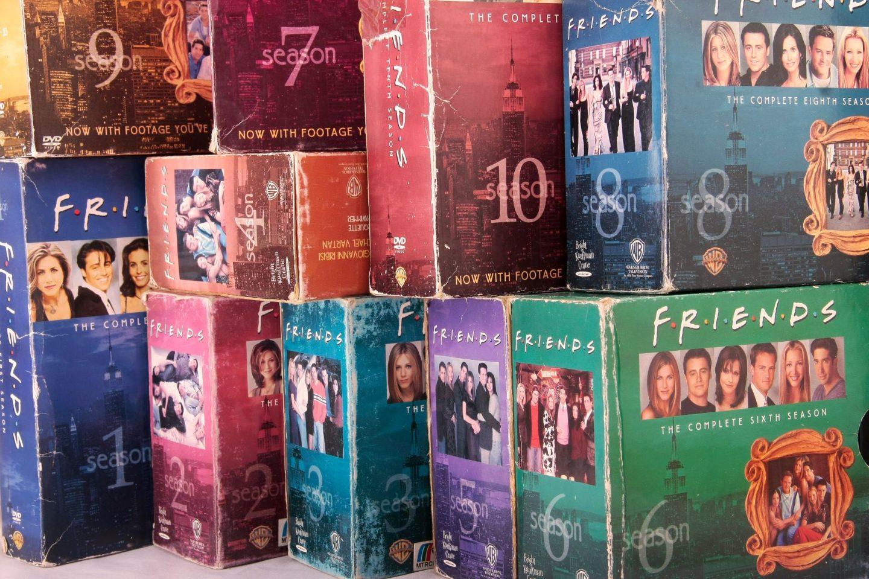 Friends quiz questions - mega Friends box set
