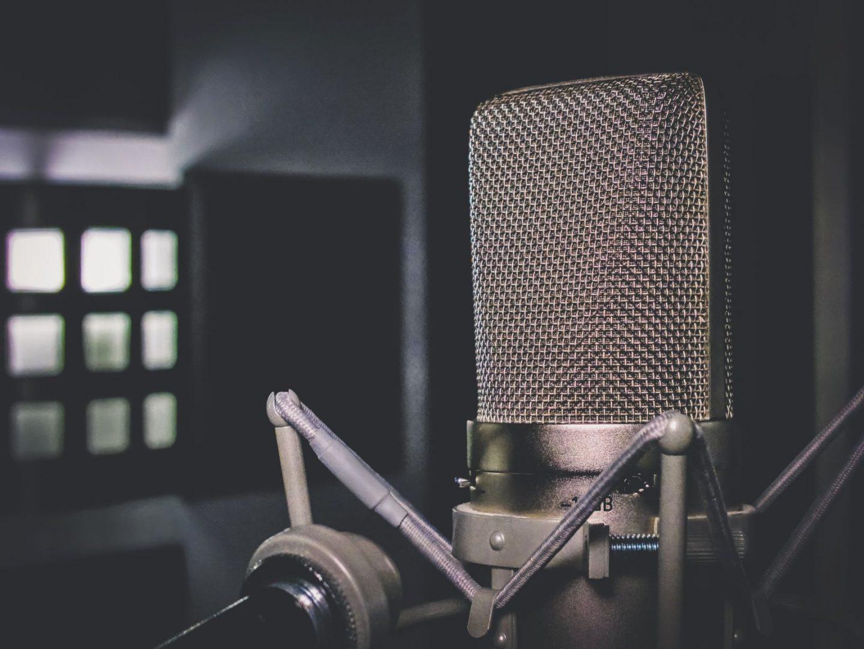 90s hip hop quiz- microphone