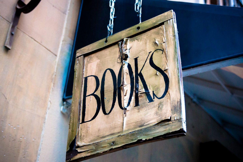 Famous book quiz - signage